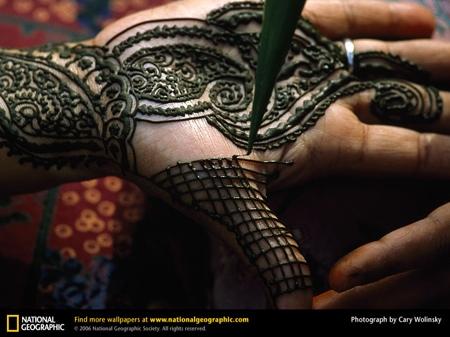henna-hand-518587-sw.jpg